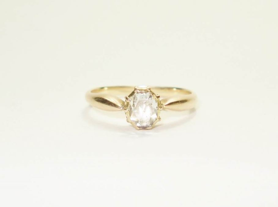 Antieke ringen - antieke%20ring%20geelgoud%20solitair%20diamant