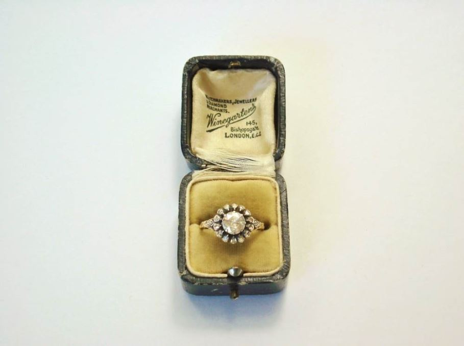 Anita Potters juwelier antiquair   Diamanten ring