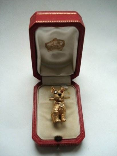 cartier%20broche%20hond%203