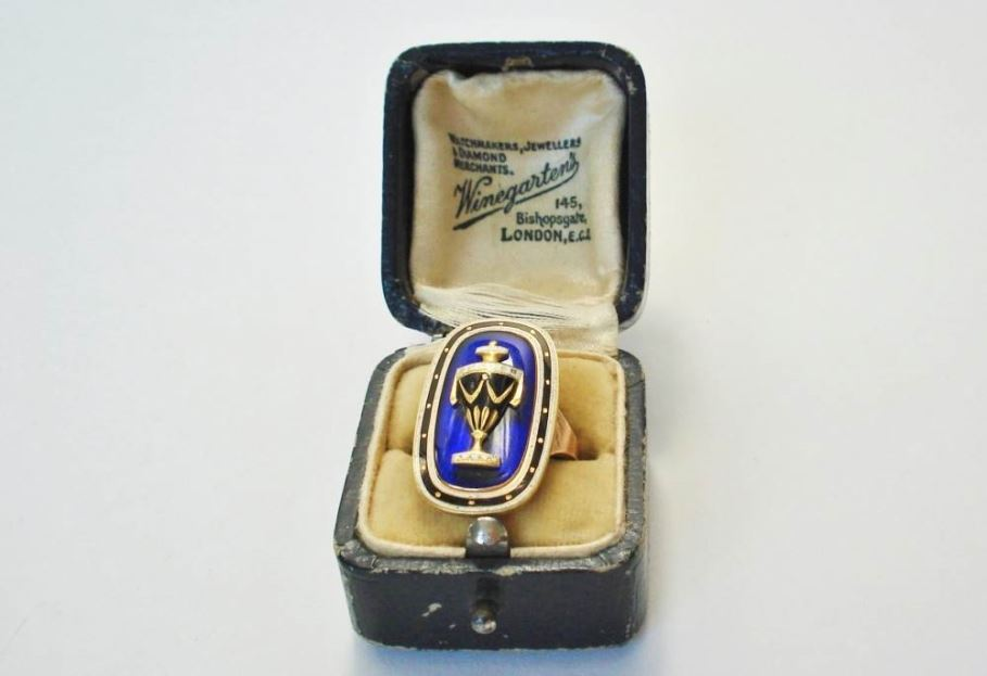 georgian ring met blauw emaille