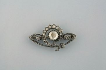 diamanten broche 1