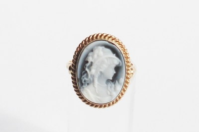 wedgwood cammee ring geelgoud